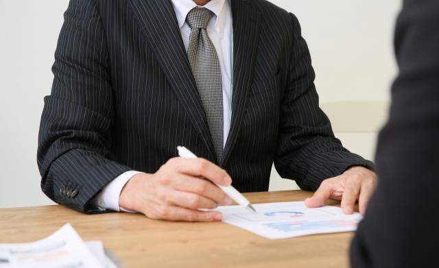 営業マンが営業日報が書かない理由② 書くことそのものが苦手