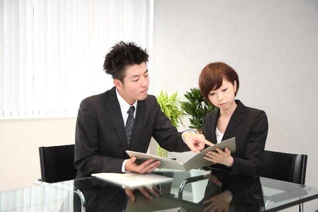 新入社員に効率よく仕事を振る画像