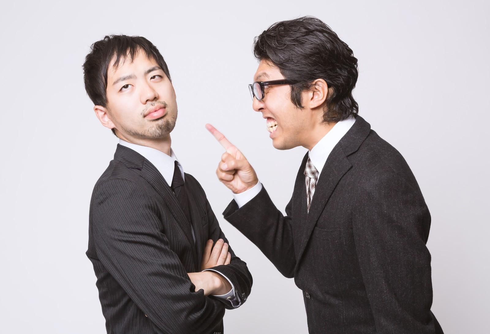 部下を褒めて働き方を改革する②男性のベテラン上司になるにつれ、褒め力が低下していく